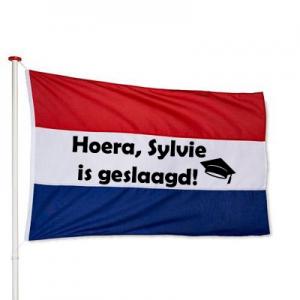 Nederlandse vlag geslaagd met naam